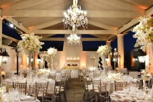 Intertwined-Events_Metallic-Glam-St.-Regis-Wedding-15-600x400